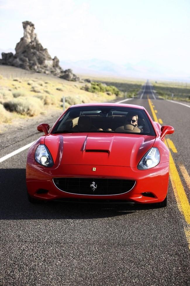 Foto de Ferrari California (45/50)