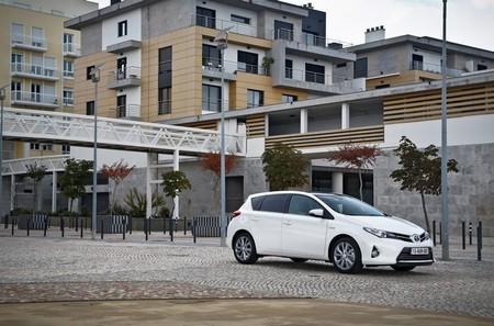 ¿Cómo será nuestro próximo coche? (parte 1) El 39% de los españoles piensa que será híbrido