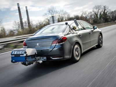 Hasta 2,7 l/100 km más: el grupo PSA publica los consumos reales de sus coches
