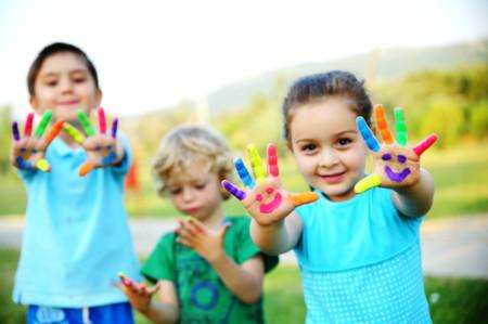 Los niños a jugar, que es lo suyo