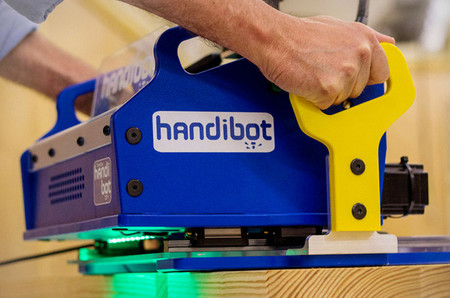 Handibot, el control numérico llega a casa para que lo manejes con tu tablet