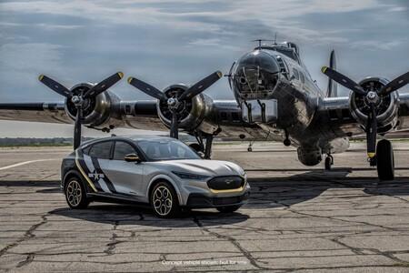 Ford Mustang Mach-E: Un tributo a las mujeres piloto de la Segunda Guerra Mundial
