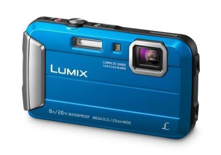 Lumix FT30, la nueva compacta resistente de Panasonic