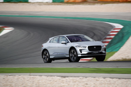 Jaguar I Pace 06