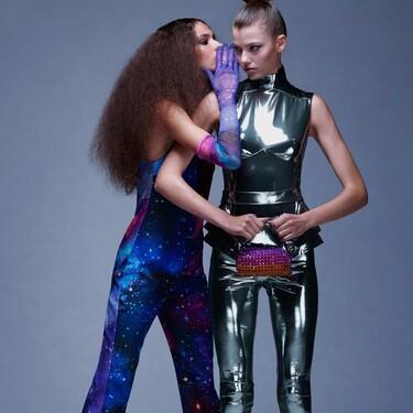 Zara quiere que celebremos Halloween con mucho estilo y presenta una colección de disfraces épicos (difícil de olvidar)
