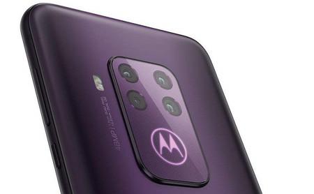 One Zoom: imágenes, especificaciones y precio conocidos hasta ahora del primer Motorola con cuatro cámaras