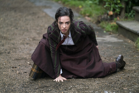 Les Nevers Laura Donnelly