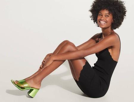Siete sandalias mule de la nueva colección de Bershka con las que sumar centímetros de altura será un auténtico placer