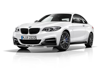 ¡Vístelo como un M! El BMW M240iA estrena la edición M Performance en México