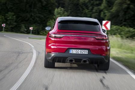 Porsche Cayenne GTS 2020 trasera