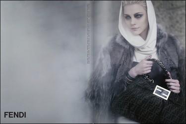 Fendi, campaña Otoño-Invierno 2009/2010 con Jessica Stam