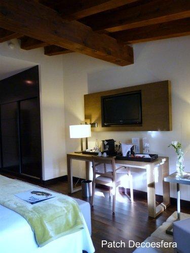 Habitación abuhardillada del hotel NH Palacio de Tepa
