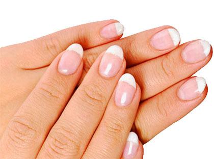 Manchas blancas en las uñas, ¿qué hay detrás?