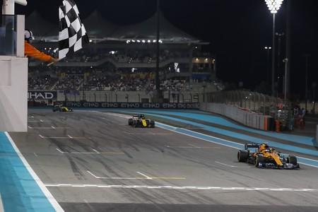 Carlos Sainz rompió el statu quo de la Fórmula 1 con un sexto puesto que escuece en Red Bull y Renault