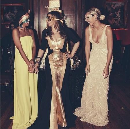 Beyoncé, o como pasar de ir divina a horrible en cuestión de un par de fotos
