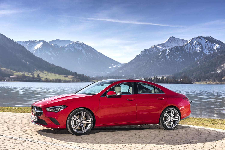 Foto de Mercedes-Benz CLA Coupé 2019, toma de contacto (82/248)