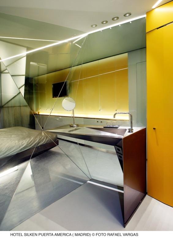Foto de Hotel Puerta América: Plasma Studio (4/12)