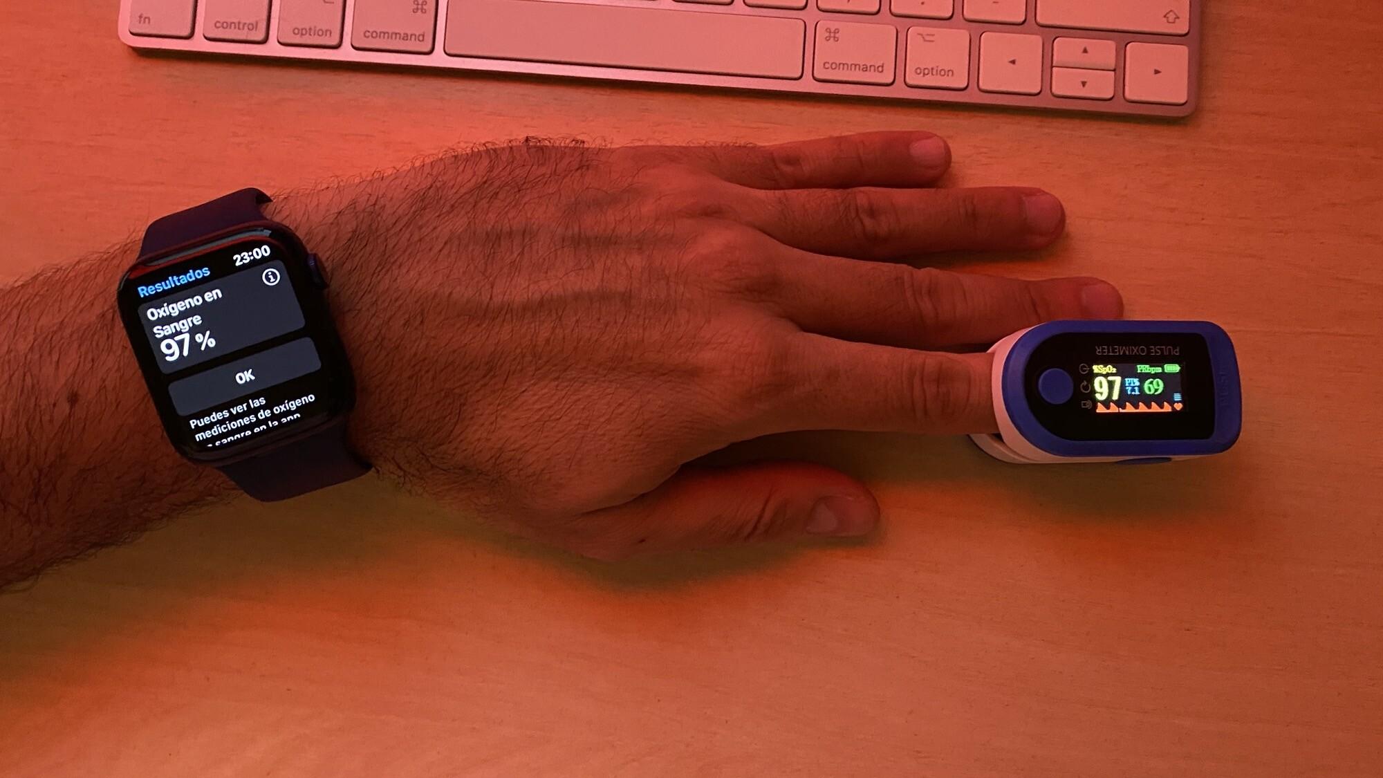 Foto de Mediciones simultáneas SpO2 con Apple Watch Series 6 y pulsioxímetro de dedo (6/12)