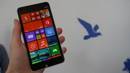 Nokia tendría un Windows Phone de gama alta con pantalla de 5.2 pulgadas