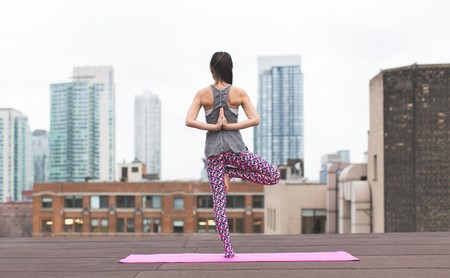 Los cinco errores más frecuentes en una clase de Yoga: aprende a reconocerlos para poder evitarlos