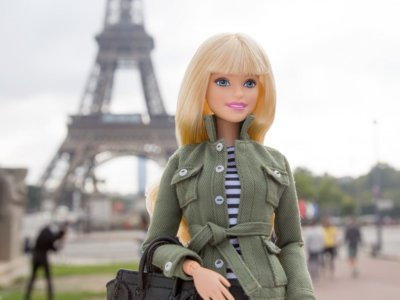 Barbie cambia de look en la Semana de la Moda de Paris de la mano de la gran Pat McGrath