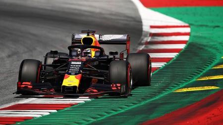 Max Verstappen gana el Gran Premio de Austria en un espectacular cuerpo a cuerpo con Charles Leclerc