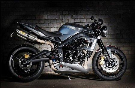 Motorpasión a dos ruedas: Triumph Ace 675CR, lo más indicados para rememorar el cafe racer