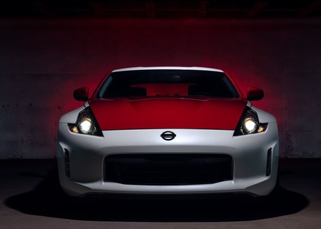 Nissan 370z 50th Anniversary Edition 2020 1600 09