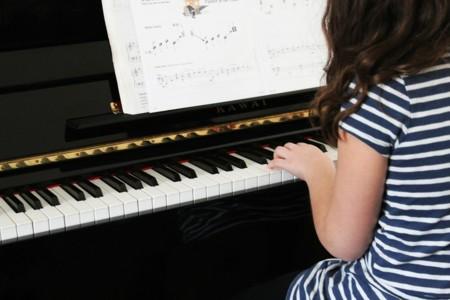Piano 606080 1920