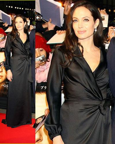 Angelina Jolie en la premiere de Benjamin Button en Tokio