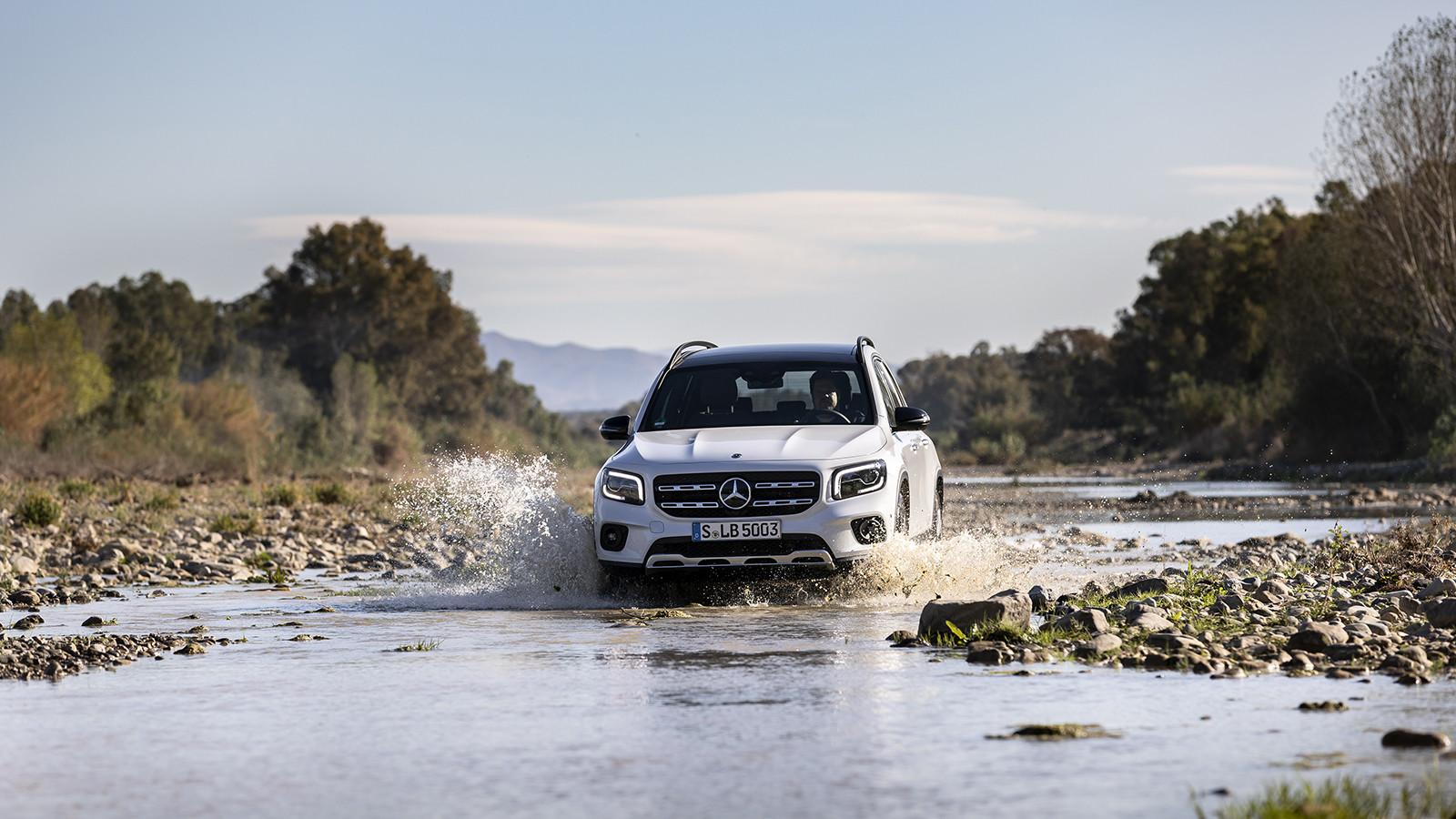Foto de Mercedes-Benz GLB 250 4MATIC (lanzamiento) (17/39)