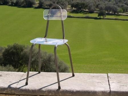 silla-fragile-transparente-510x382.jpg