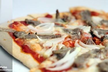 Receta de pizza arrabiata con pluma ibérica