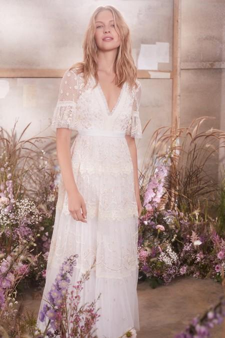 beb2e02118 Estos 21 vestidos de novia de Asos son perfectos para tener una boda low  cost