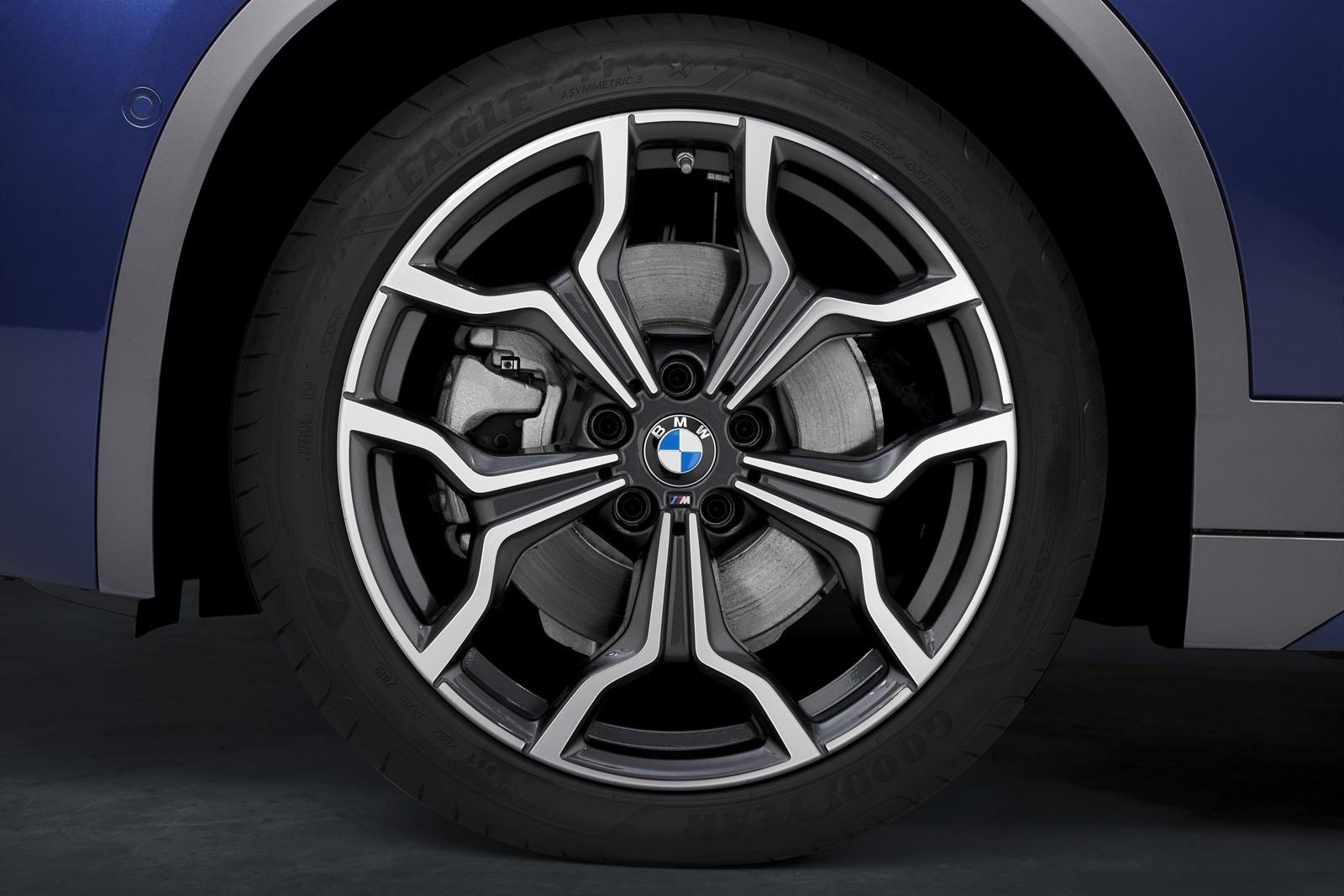 Foto de BMW X2 xDrive25e 2021 (43/53)