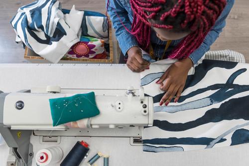 La colección ÅTERSTÄLLA es la más solidaria de Ikea y tiene detrás una bonita historia de integración social
