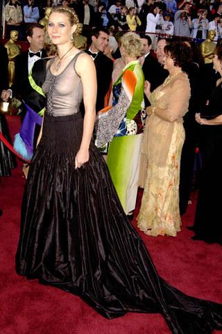 Los vestidos más comentados de la historia de los Oscar