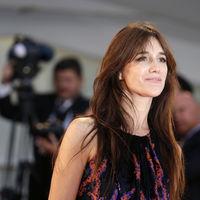 La it girl Charlotte Gainsbourg lanza colección con Nars, una línea makeup cargada de chic francés