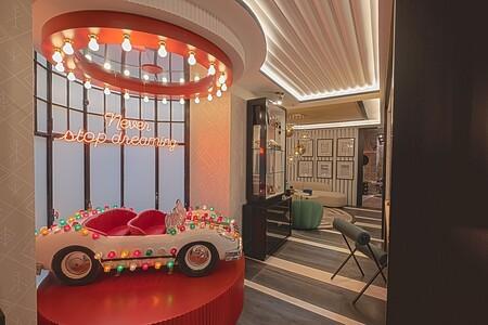 Alberto Aranda crea uno de los espacios más instagrameables de Casa Decor 2021, y nos invita a soñar como niños