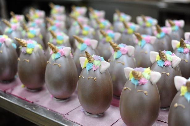 huevo de pascua unicornio easter