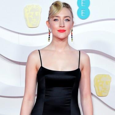 Saoirse Ronan demuestra en los Premios BAFTA 2020 que, en ocasiones, el color negro no es la mejor opción