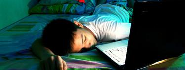 Los adolescentes que usan las redes sociales más de tres horas al día tienen problemas de sueño y bajo rendimiento escolar