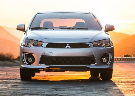 ¿Regresa el Lancer? En Mitsubishi ya se plantean un nuevo sedán compartido con Nissan