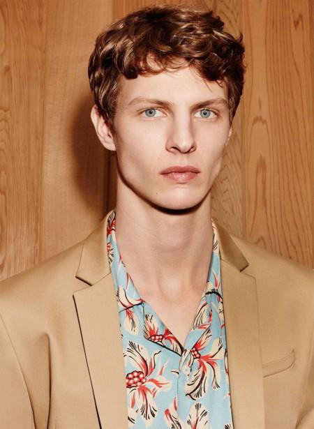 El adelanto de primavera de Zara nos llega con prints vintage y tonos camel