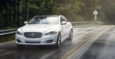 La producción del Jaguar XJ está detenida por problemas de suministros