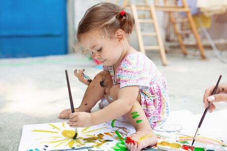 Las fases del garabato en los niños: así aprenden a dibujar