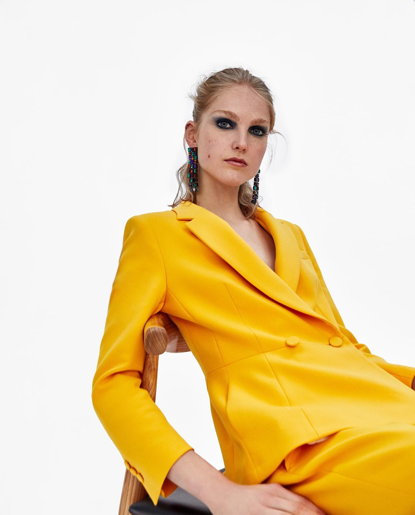 2a35731223 13 trajes de Zara para lucir esta Primavera-Verano 2018