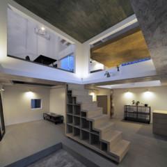 Foto 9 de 14 de la galería casas-poco-convencionales-viviendo-en-una-estanteria-gigante en Decoesfera