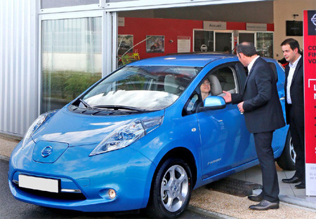 Mayo 2013: las matriculaciones de vehículos eléctricos se desmarcan de las de híbridos