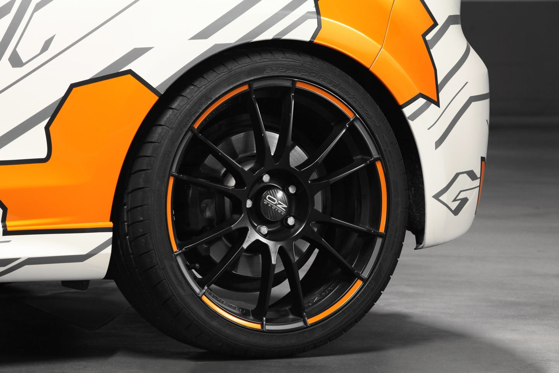 Foto de Volkswagen Golf R Cam Shaft Naranja eléctrico (6/13)